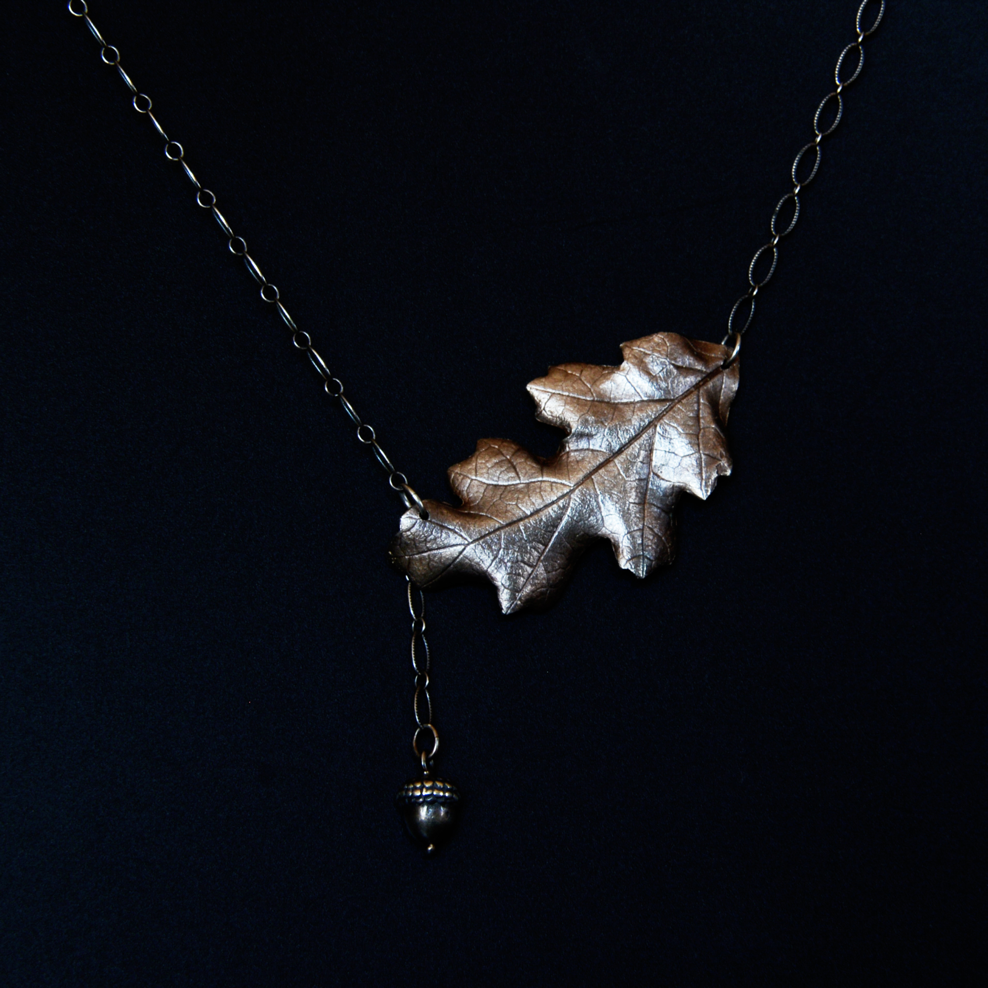 autumn-oak-necklace-michelle-hoting-web.jpg