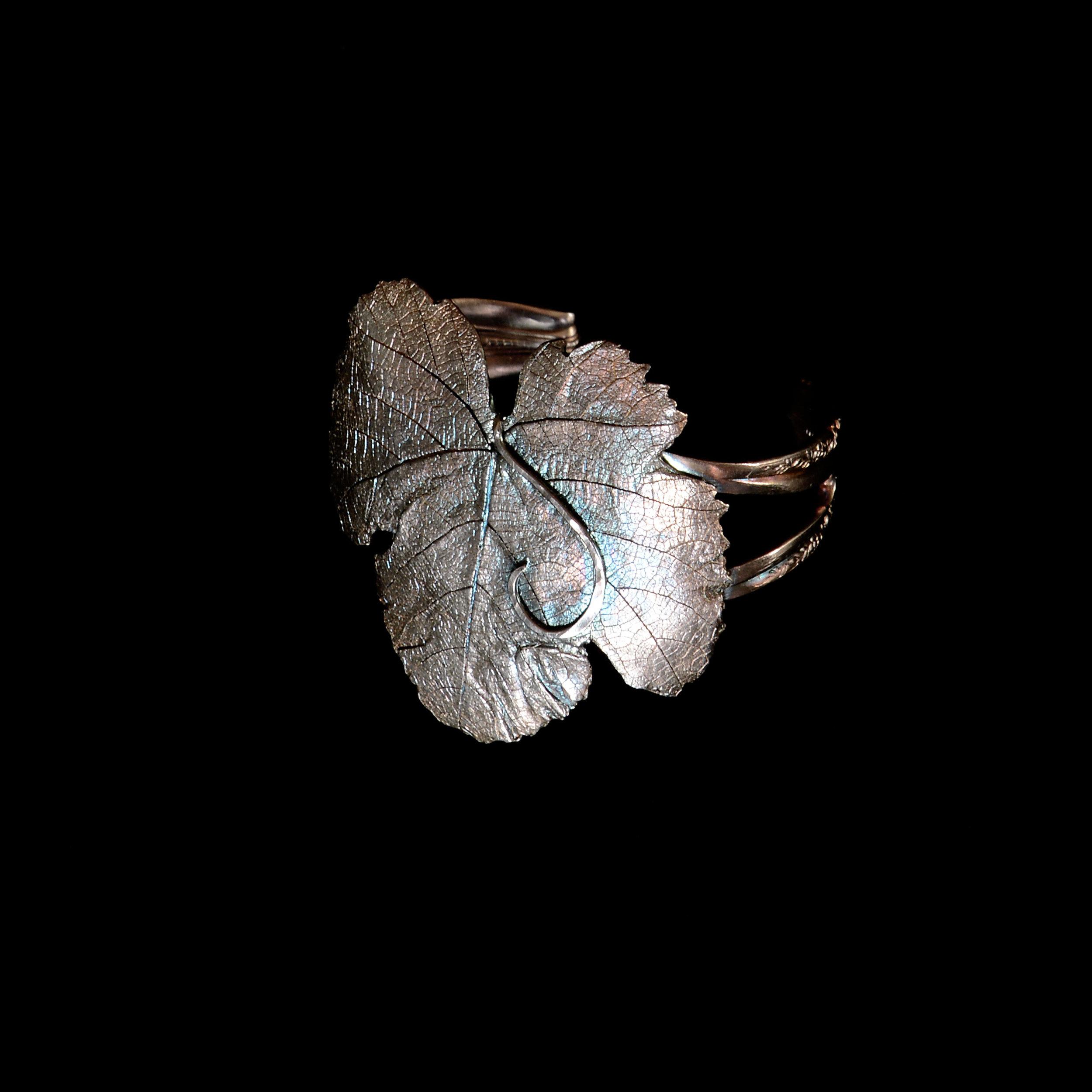 grape-leaf-cuff-bracelet-michelle-hoting-web.jpg