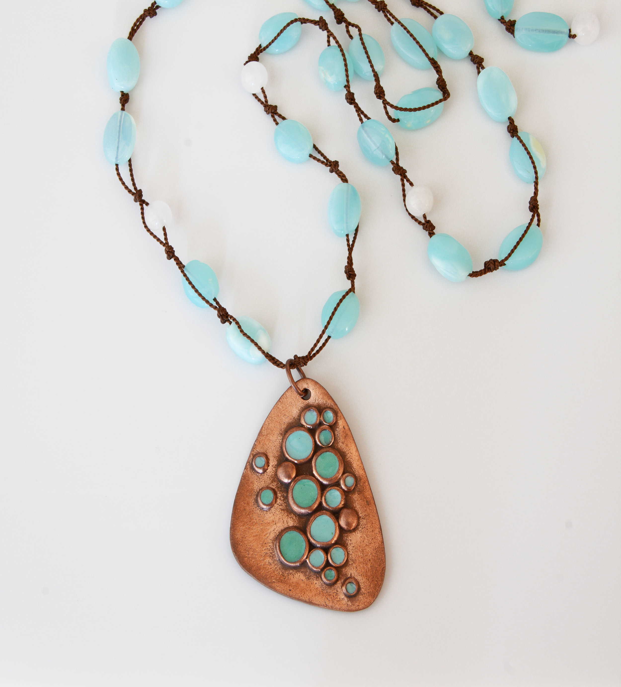 michelle-hoting-turquoise-bubbles-necklace-web.jpg