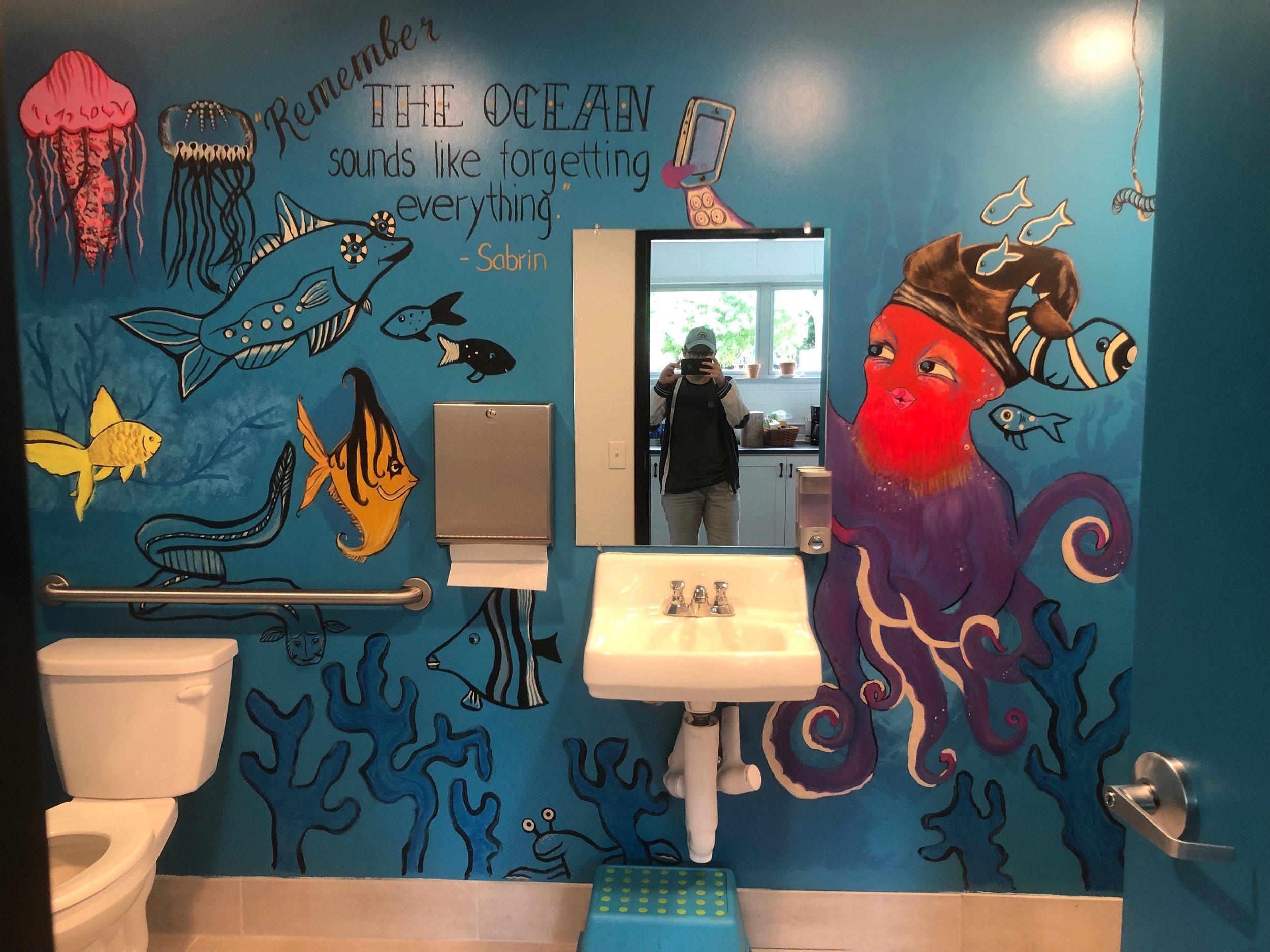 Thank you Lera Skvortsova for transforming MOI's bathroom!  Follow Lera on Instagram @valeria.del.mar