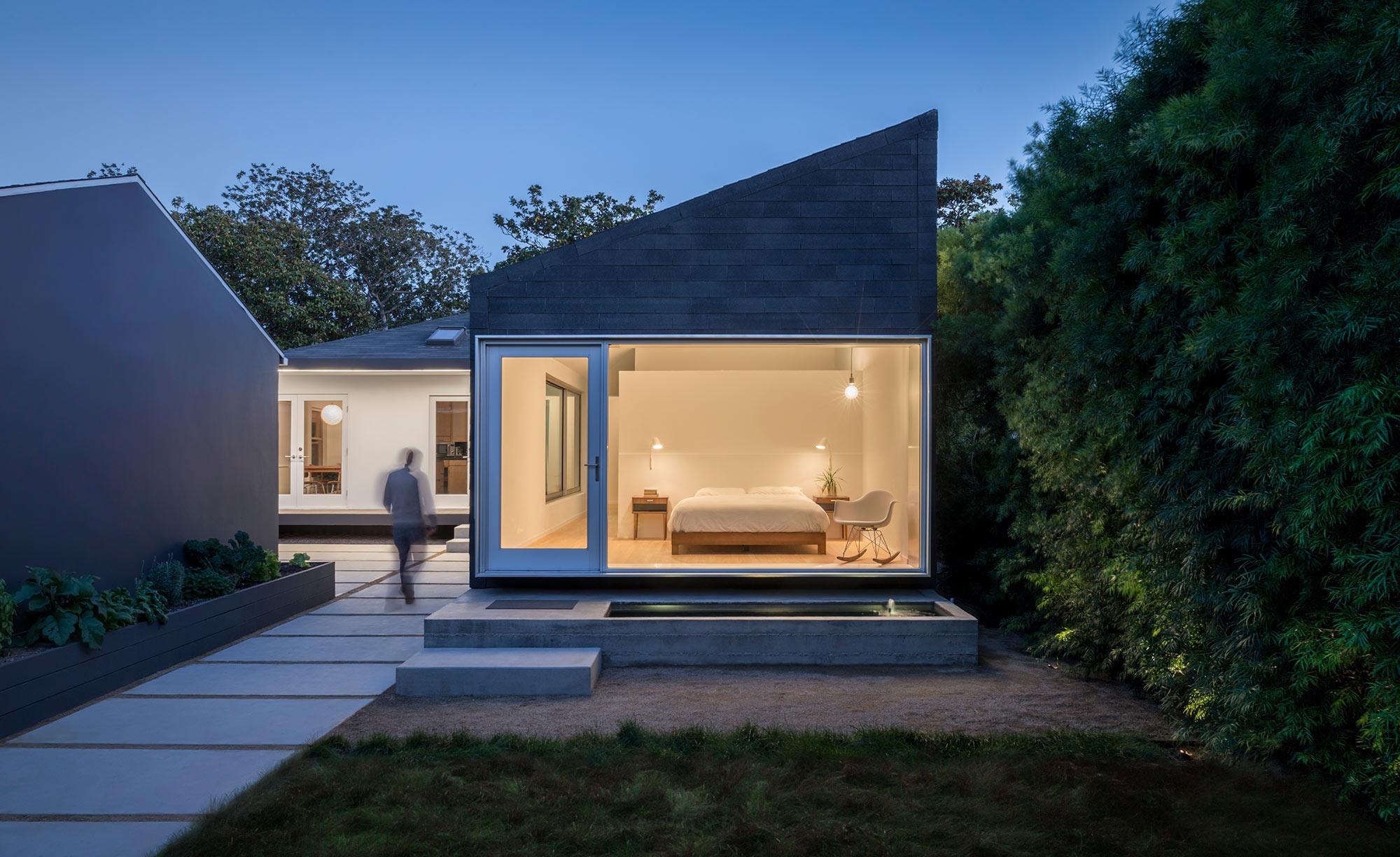 Exterior-bedroom-wide.jpg