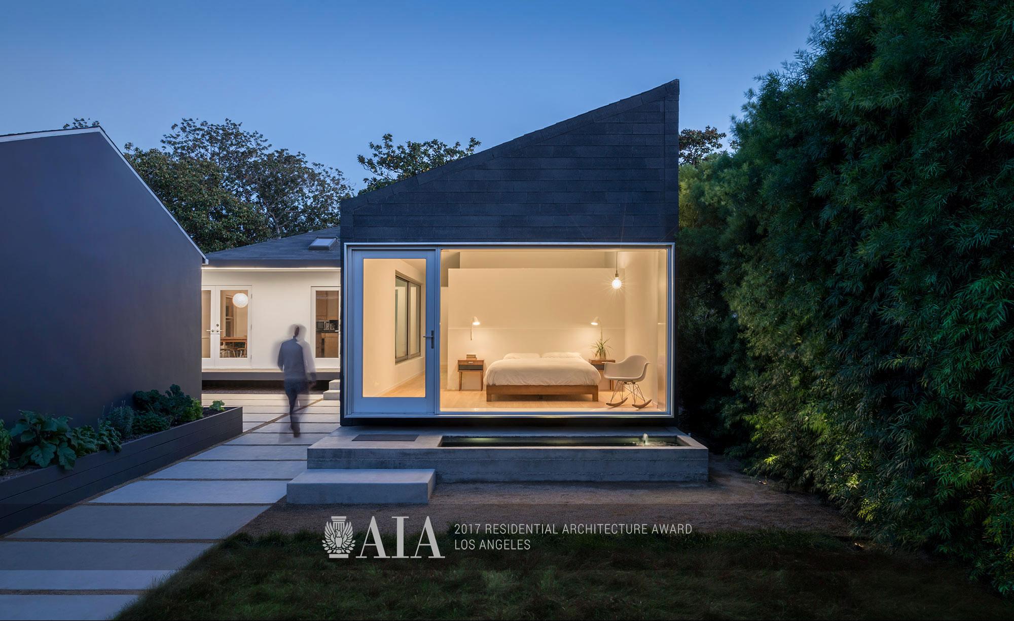 Exterior-bedroom-wide-AWARDS.jpg