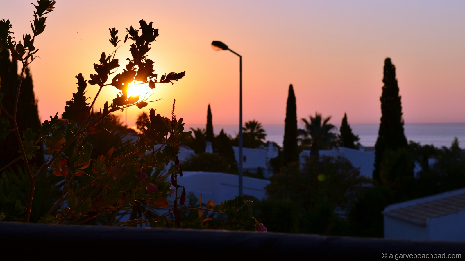 © Algarve Beach Pad (Inside) - 003 october sunrise from the terrace (web).jpg