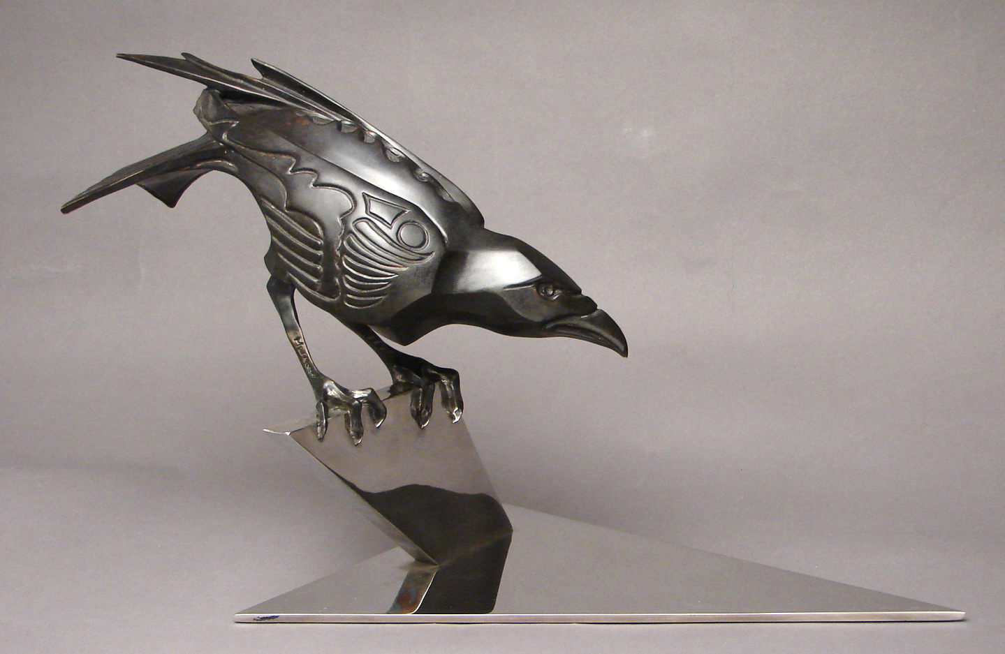 bronze-crow-sculptures-by-john-maisano-2.jpg