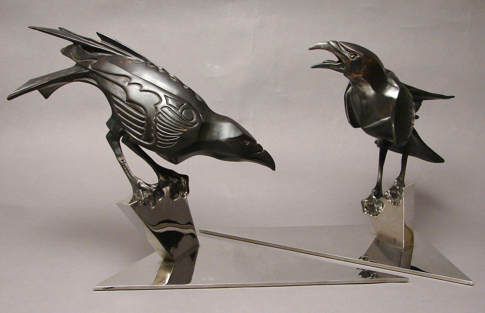 bronze-crow-sculptures-by-john-maisano-1.jpg