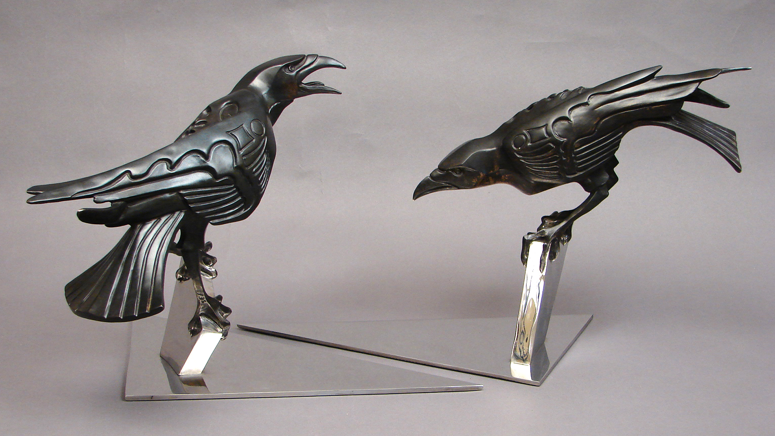 bronze-crow-sculptures-by-john-maisano-4.jpg