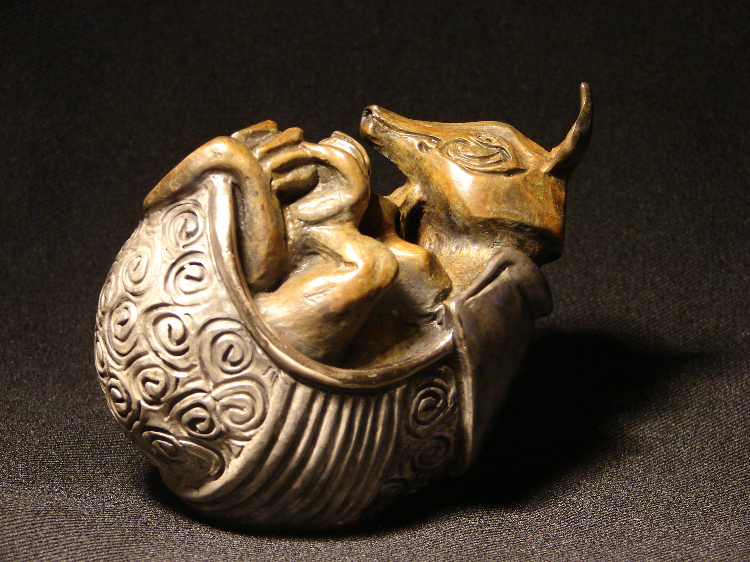 bronze-armadillo-sculpture-john-maisano-2.jpg