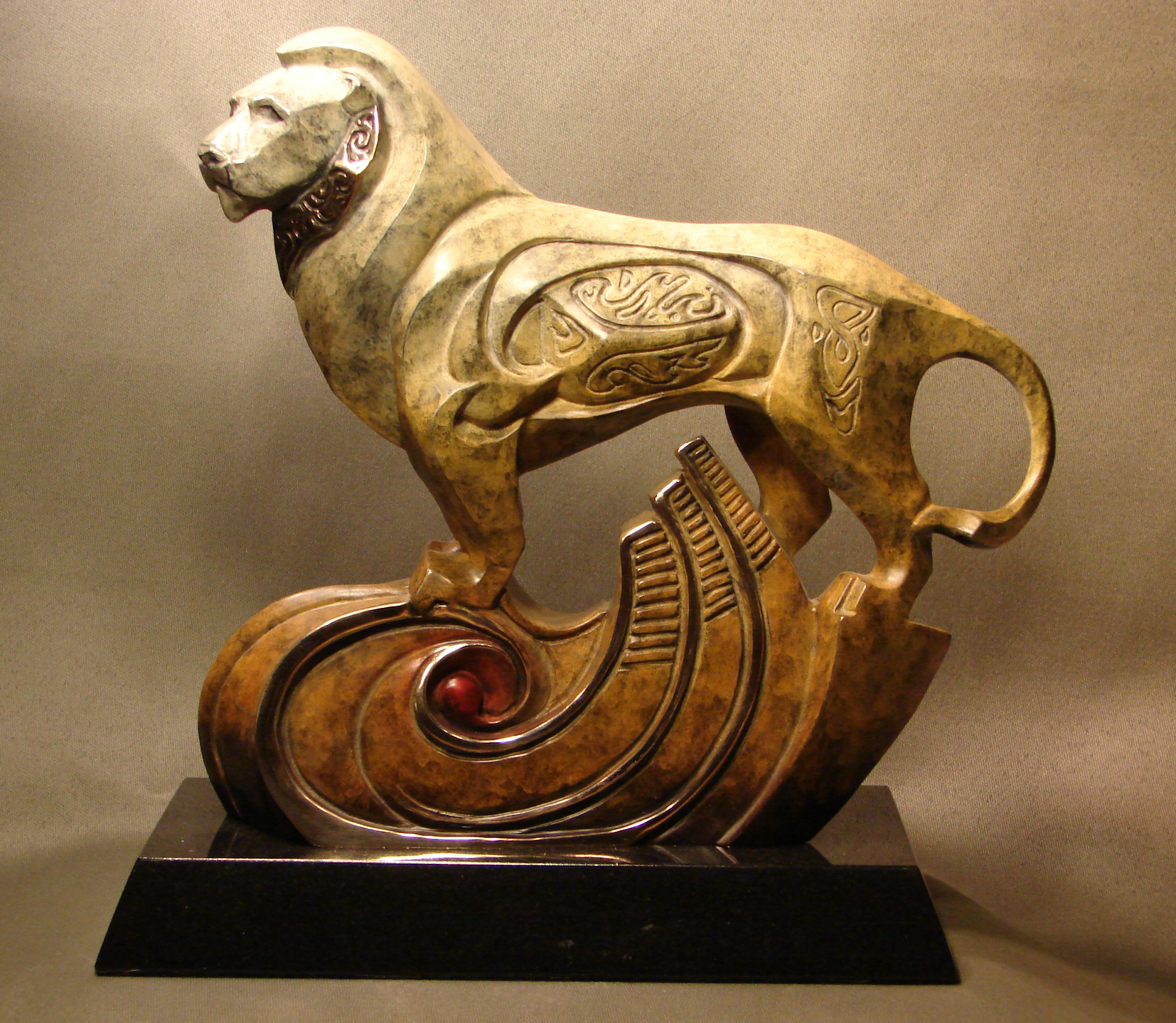 bronze-lion-sculpture-john-maisano-1.jpg