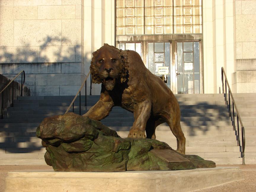 bronze-saber-cat-sculpture-john-maisano-2.jpg