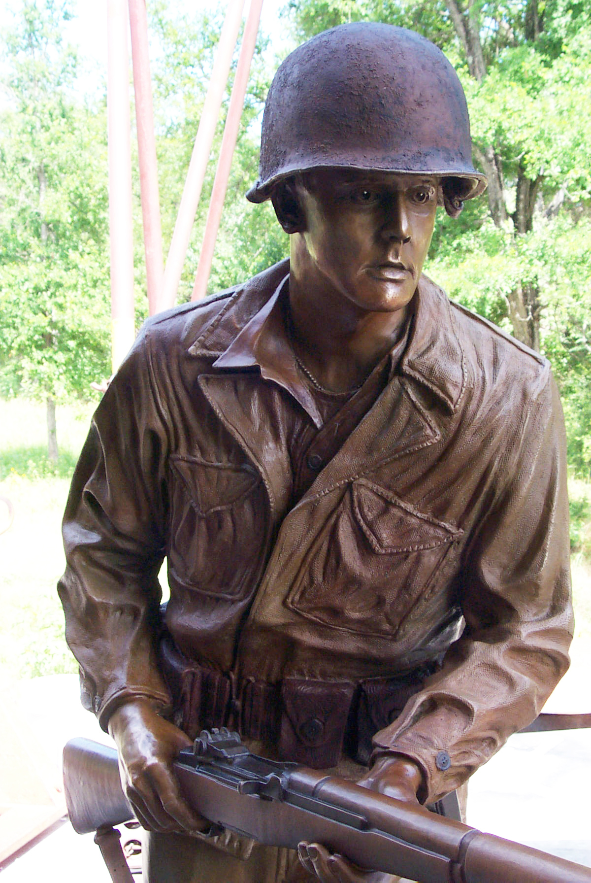 world-war-II-soldier-monument-john-maisano-4.jpg