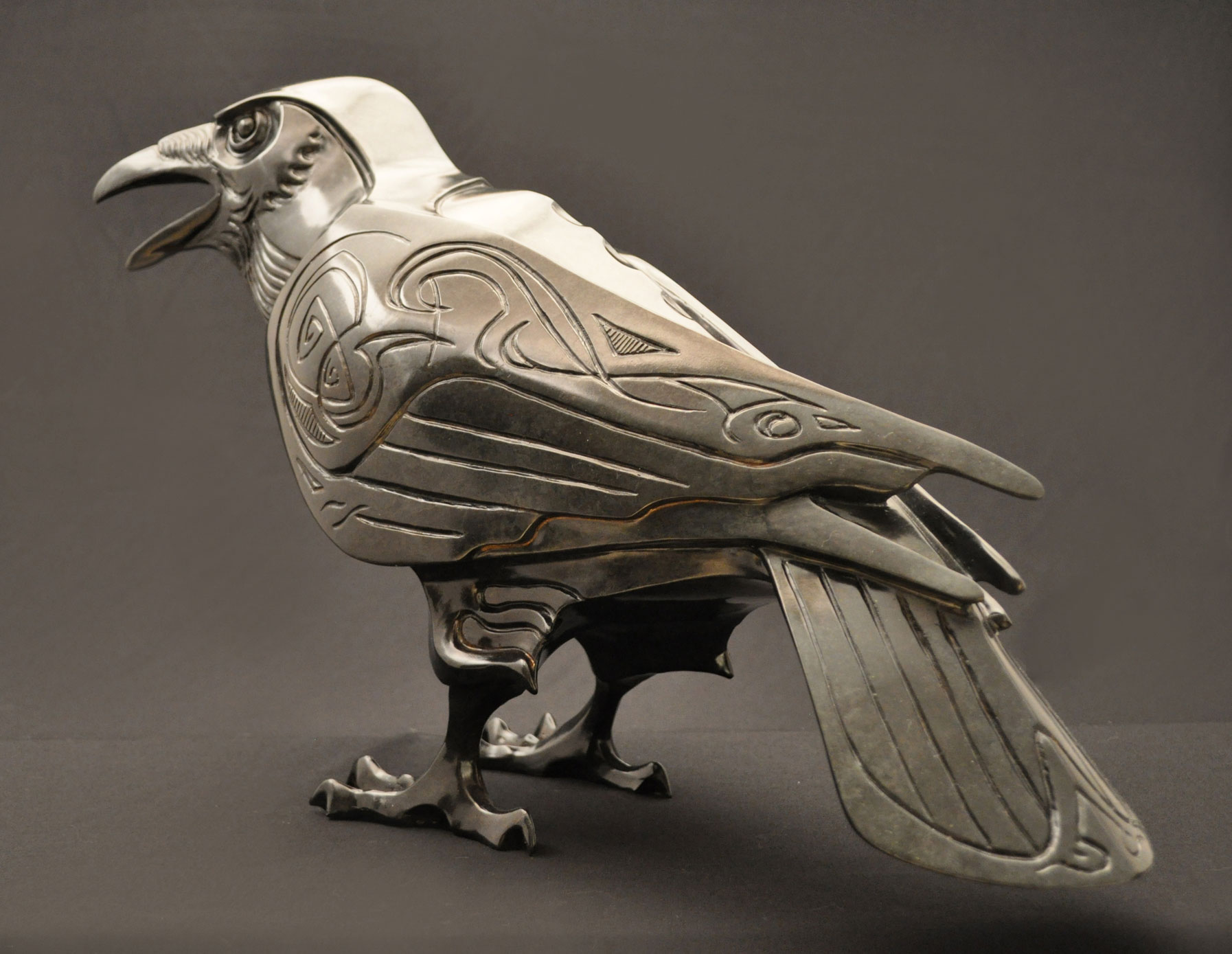 Raven-Sculpture-Bronze-John-Maisano---2.jpg