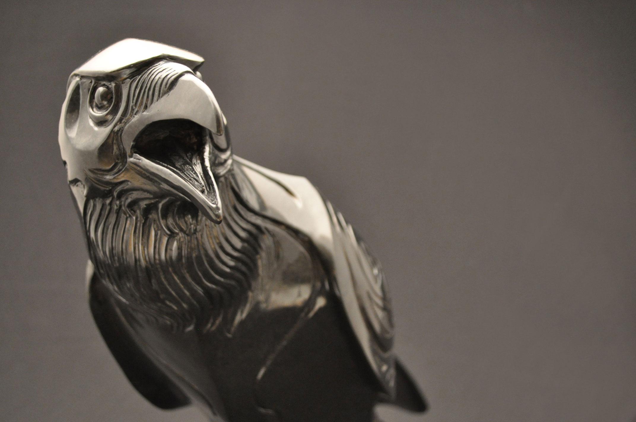 Raven-Sculpture-Bronze-John-Maisano---8.jpg