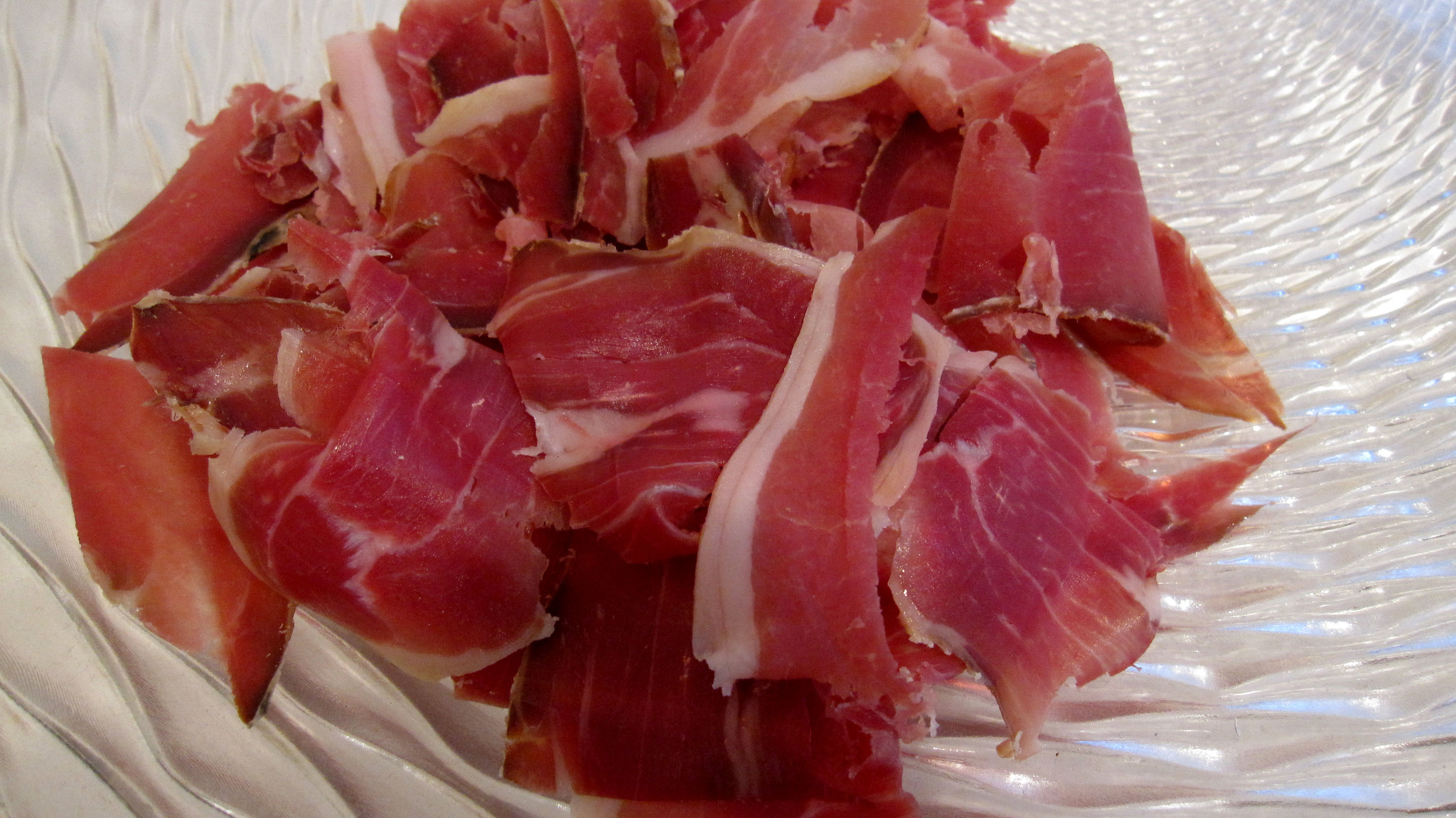 Commercial hog, sliced
