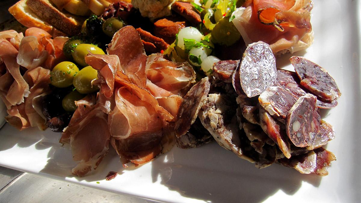 Country ham, coppa, finnochiona and venison saucisson