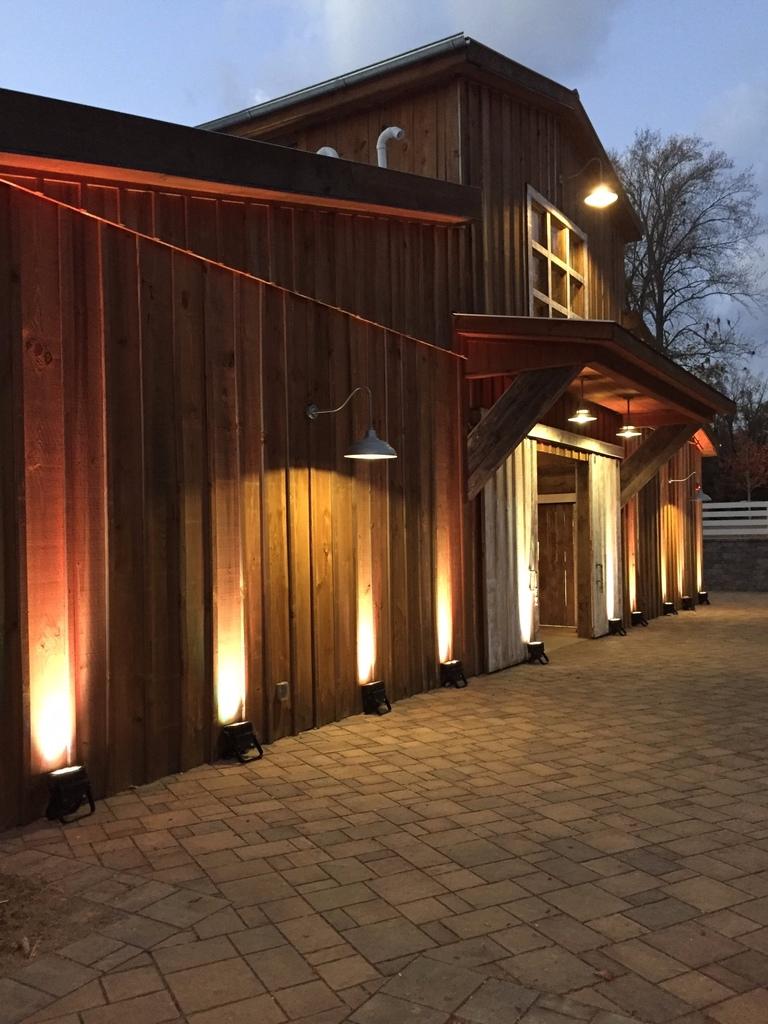 barn up light.png