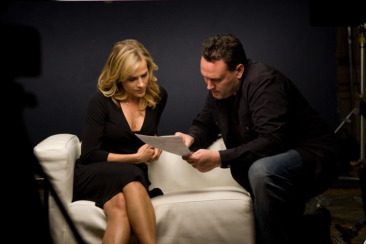 andrew_hunt_&_julie_benz_onset.jpg