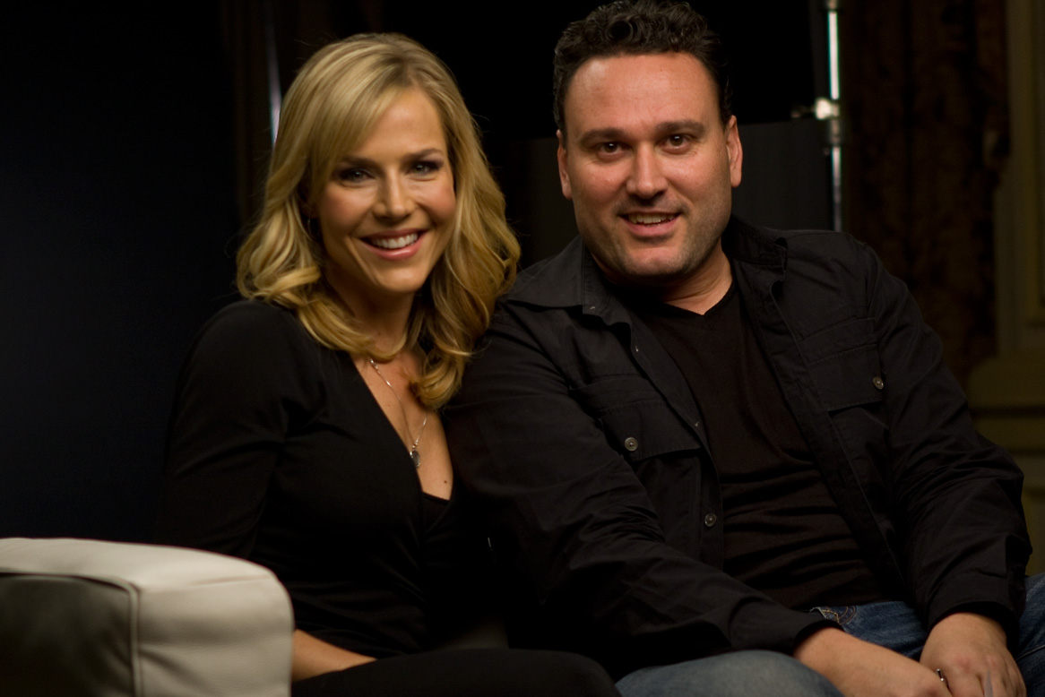 andrew_hunt_&_julie_benz.jpg