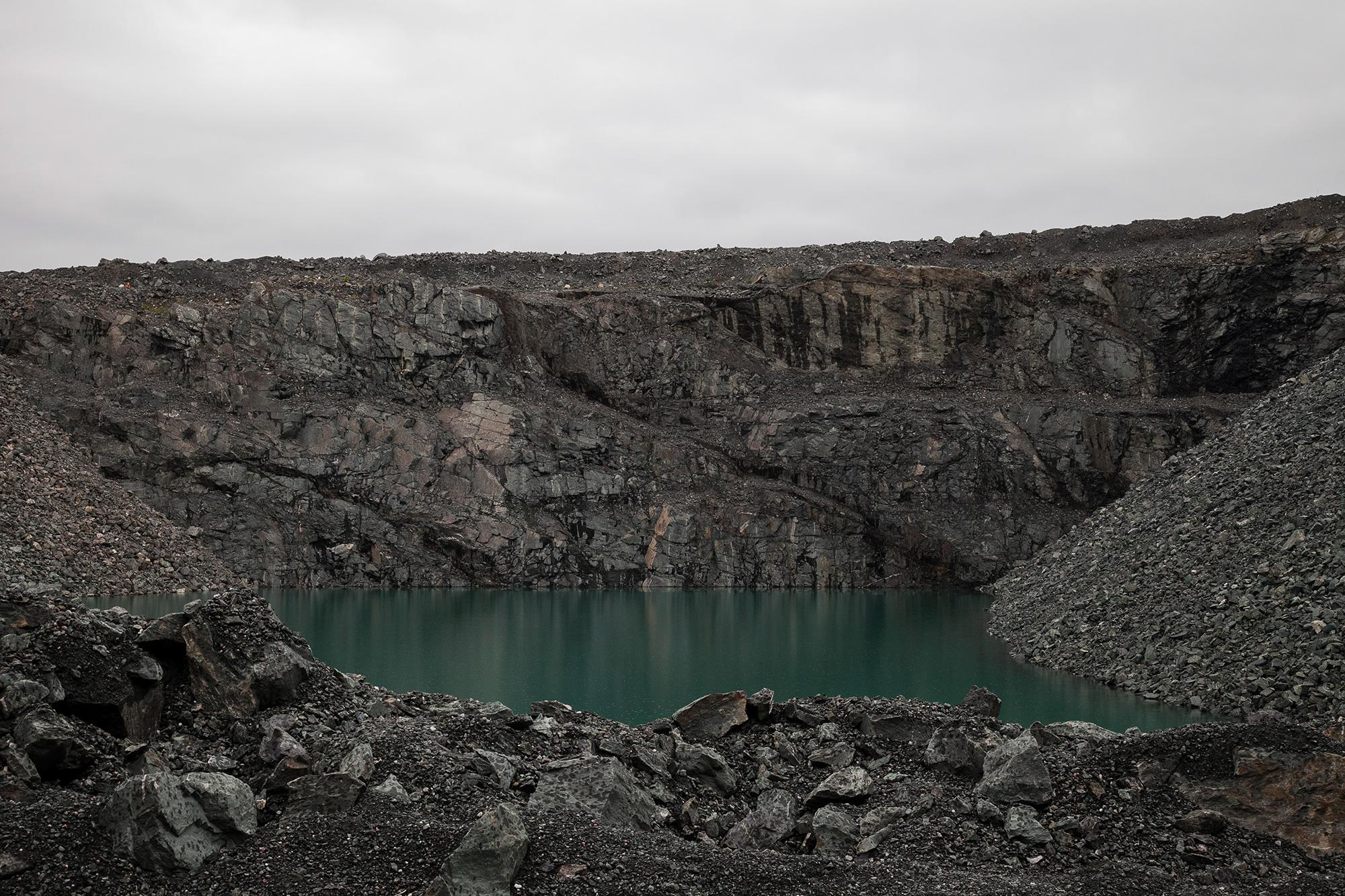 I Inngrep-prosjektet utforsker jeg møtet mellom det naturlige og det menneskeskapte.  Les mer...    Gruvesjø, Sydvaranger 2016