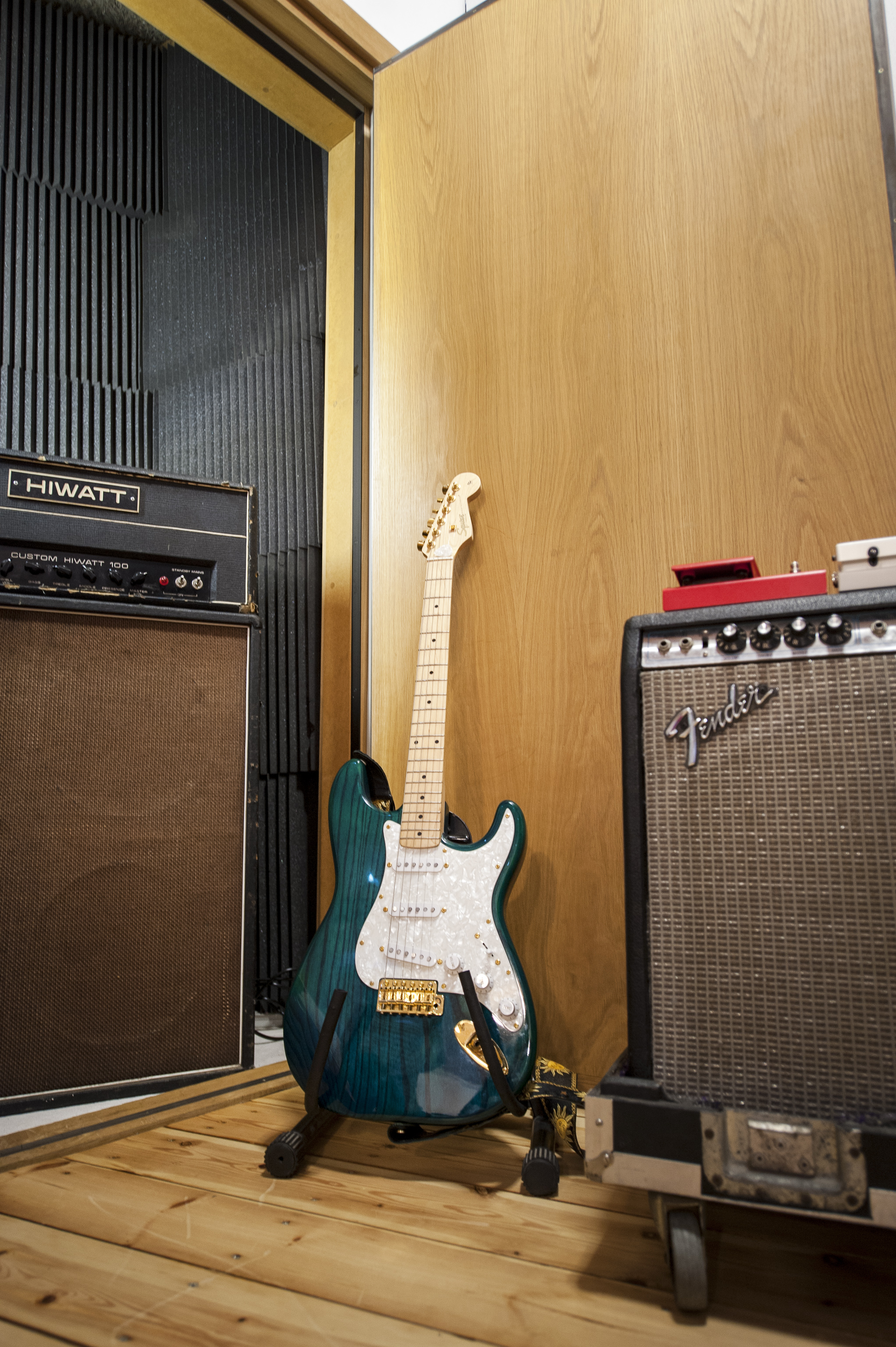 Guitar Booth - patchable from live room and control room