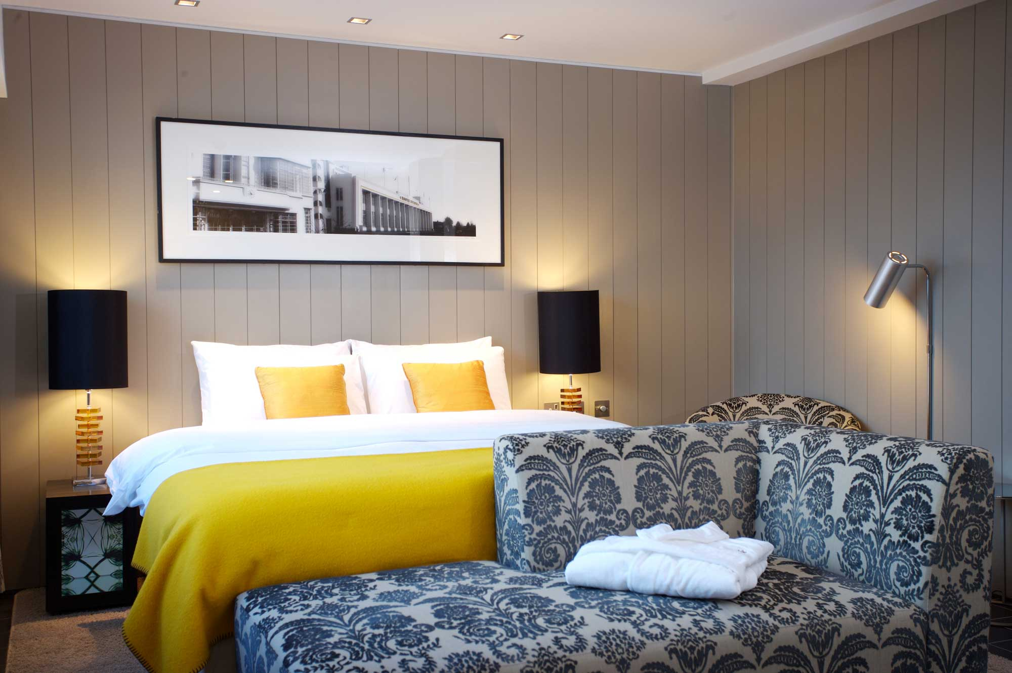 Chiswick Moran Hotel: 6 minute drive from Westpoint.
