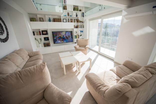 living-room_21730-9231.jpg