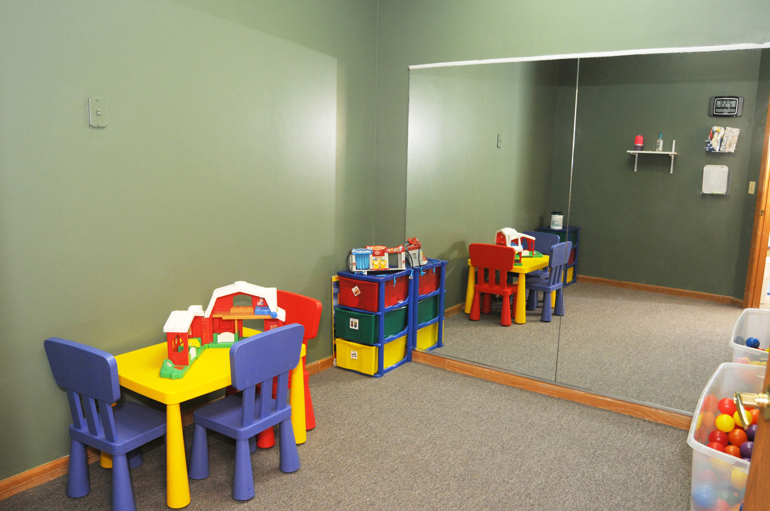 Turtle Room: with lots of toys for kids of all ages
