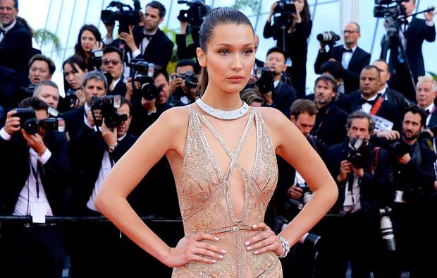 BELLA HADID Gown: Roberto Cavalli | Jewels: De Grisgono