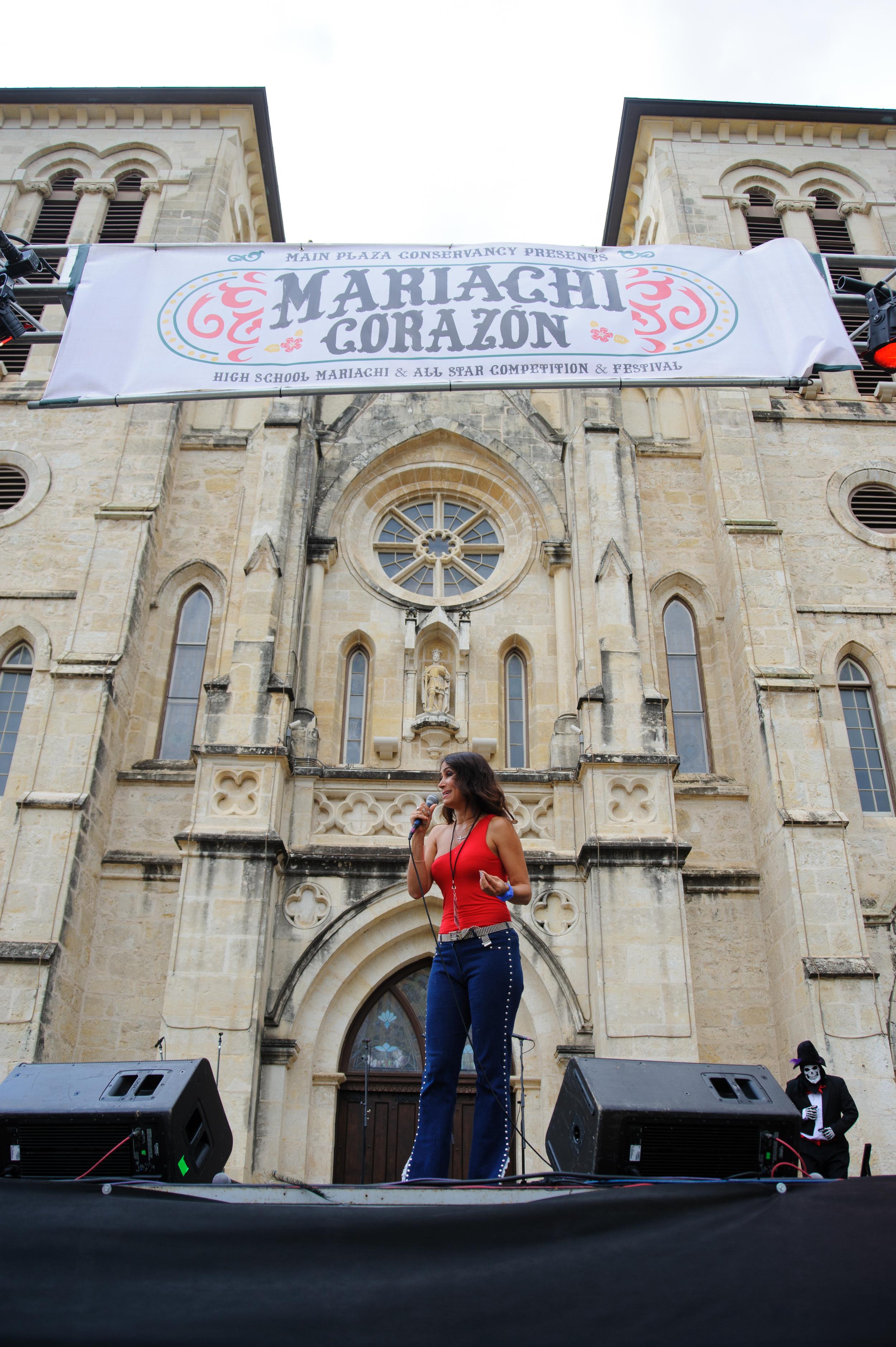 Mariachi-3.jpg
