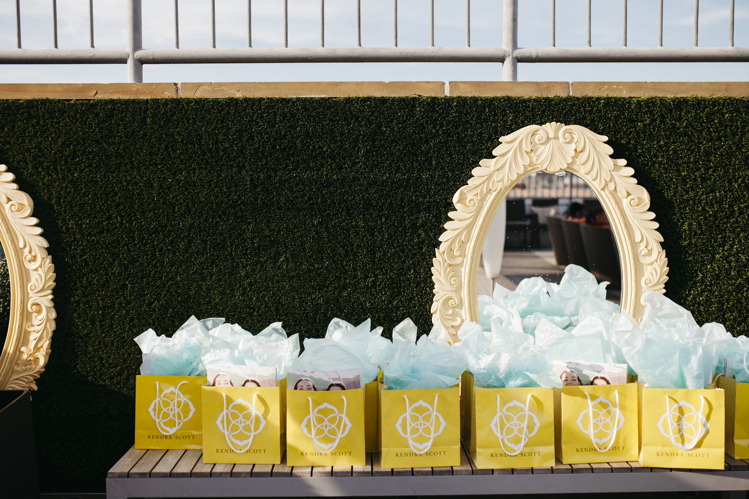 Kendra-Scott-Goodie-Bags