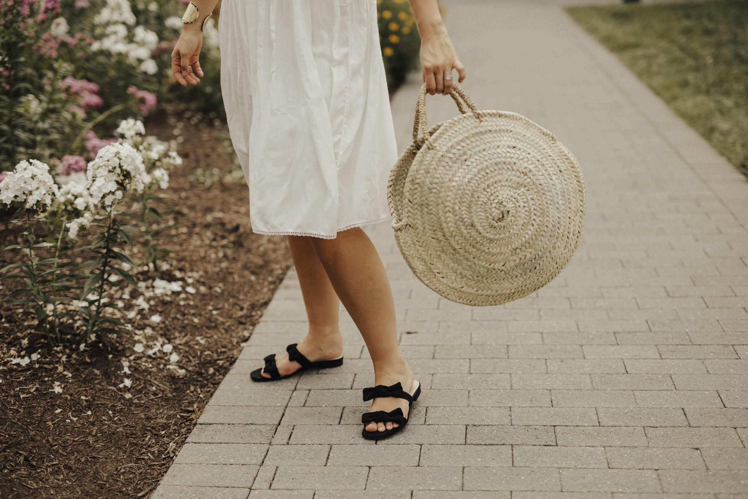 hm-bow-sandals