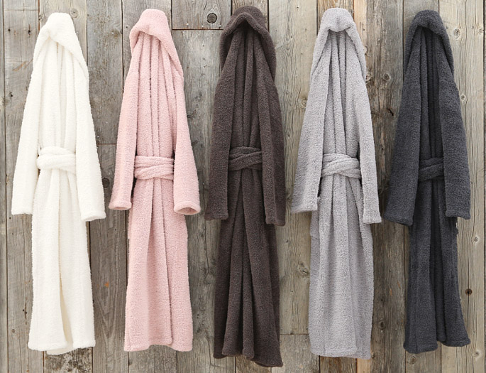 The softest loungewear from Barefoot Dreams; throws and baby items too.