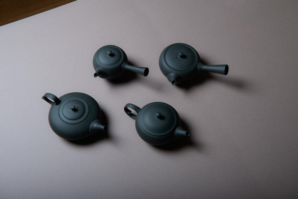 black teapot.jpeg
