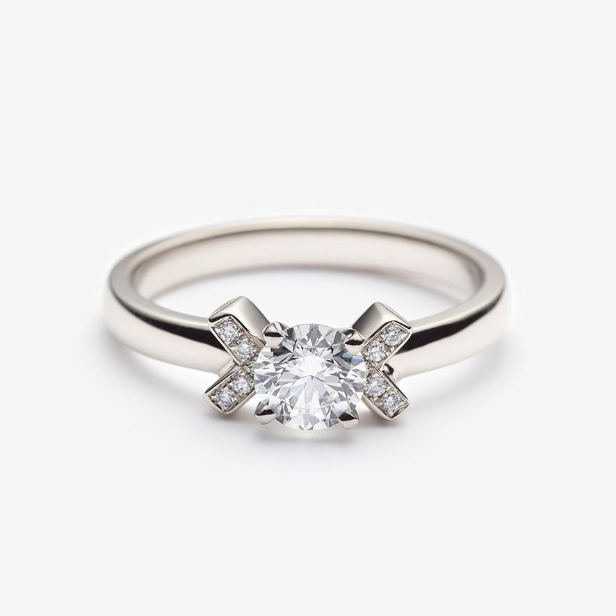 Scot engagement ring WEB.jpg
