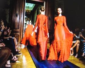 red dresses defilee280p.JPG