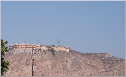 Close up of Palace of the Winds above Jaipur