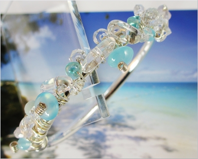 The Antigua blu Ocean cuff with Chalcedony and Apatithe.