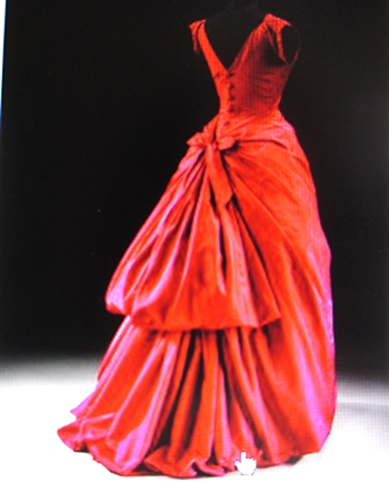 Bal red gown V&Am 350p.JPG