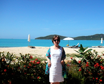 Time for a fast photo after lunch on the beach at Hermitage Bay.