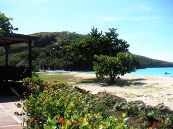 hermb beach350p.JPG