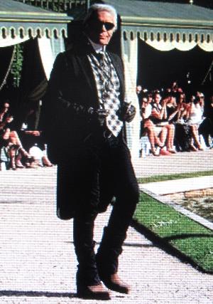 KL Versailles show.jpg