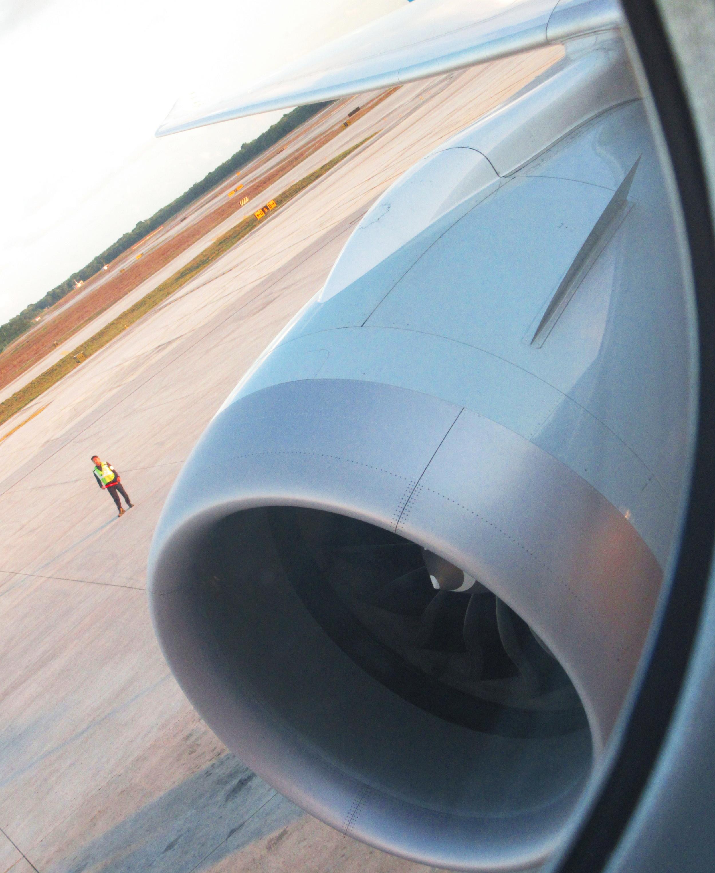 AA jet engine 19.JPG