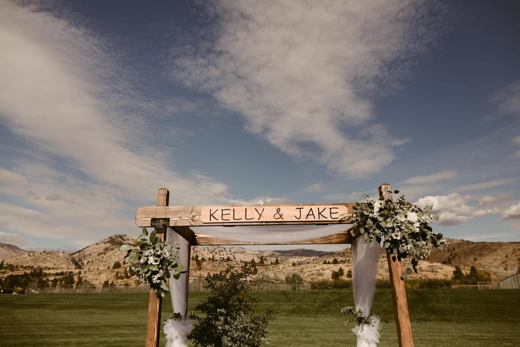 Chelan Wedding_Harmony Meadows-7.jpg