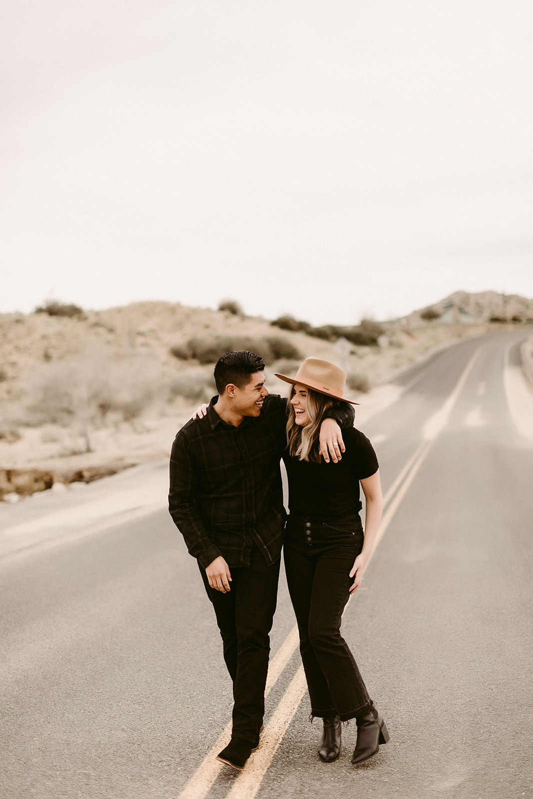Jamie + Madison_Joshua Tree_2019_0004.jpg