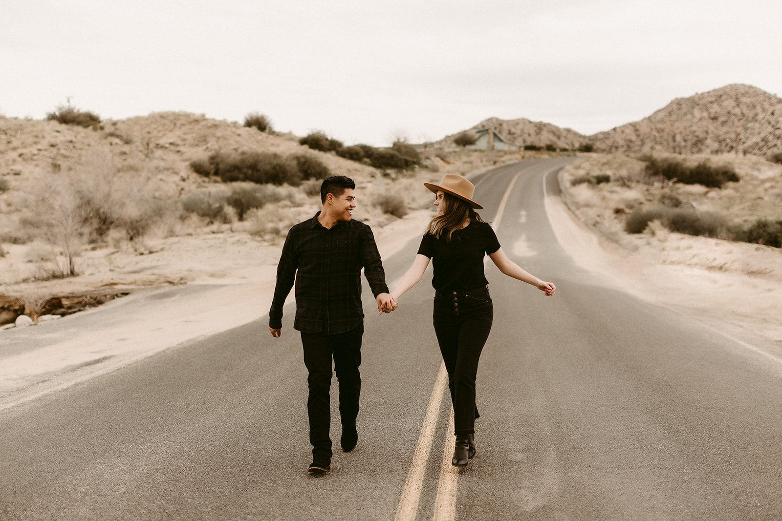 Jamie + Madison_Joshua Tree_2019_0010.jpg