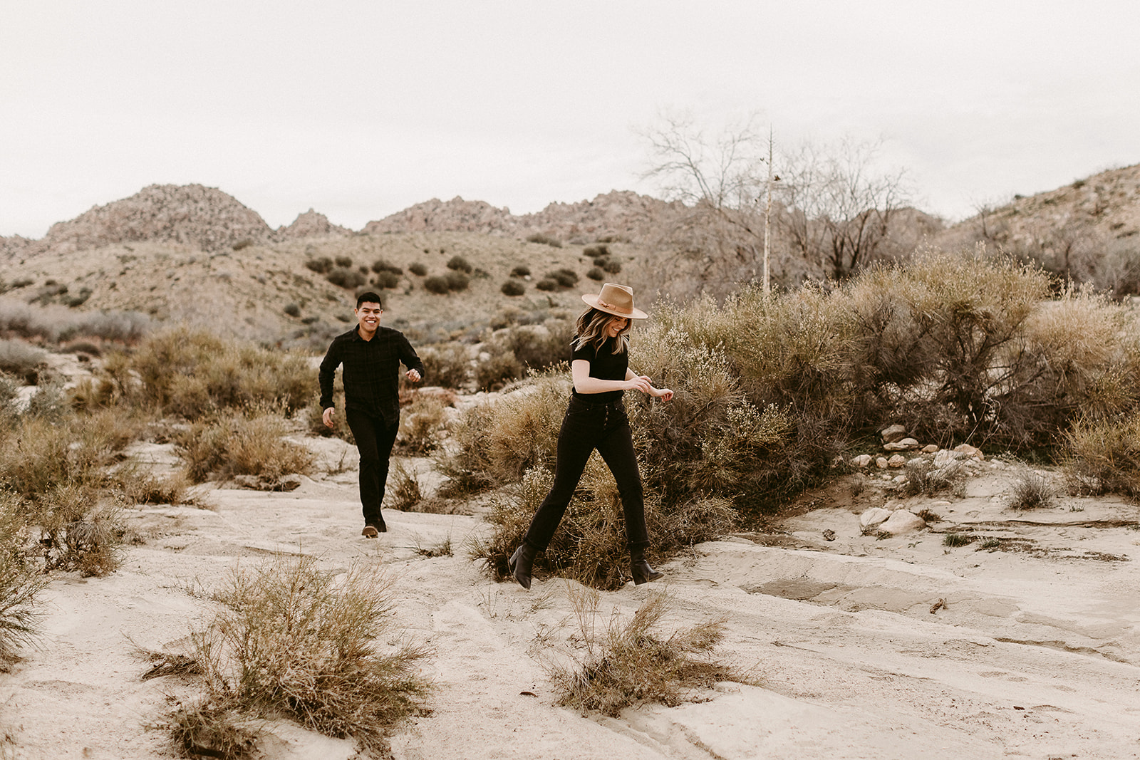 Jamie + Madison_Joshua Tree_2019_0011.jpg
