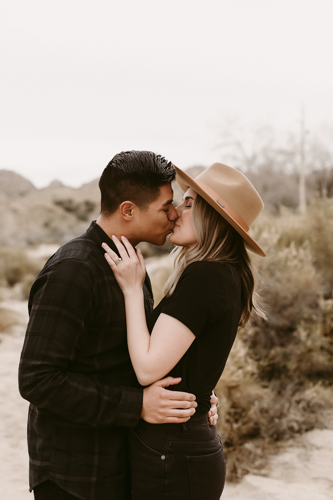 Jamie + Madison_Joshua Tree_2019_0020.jpg