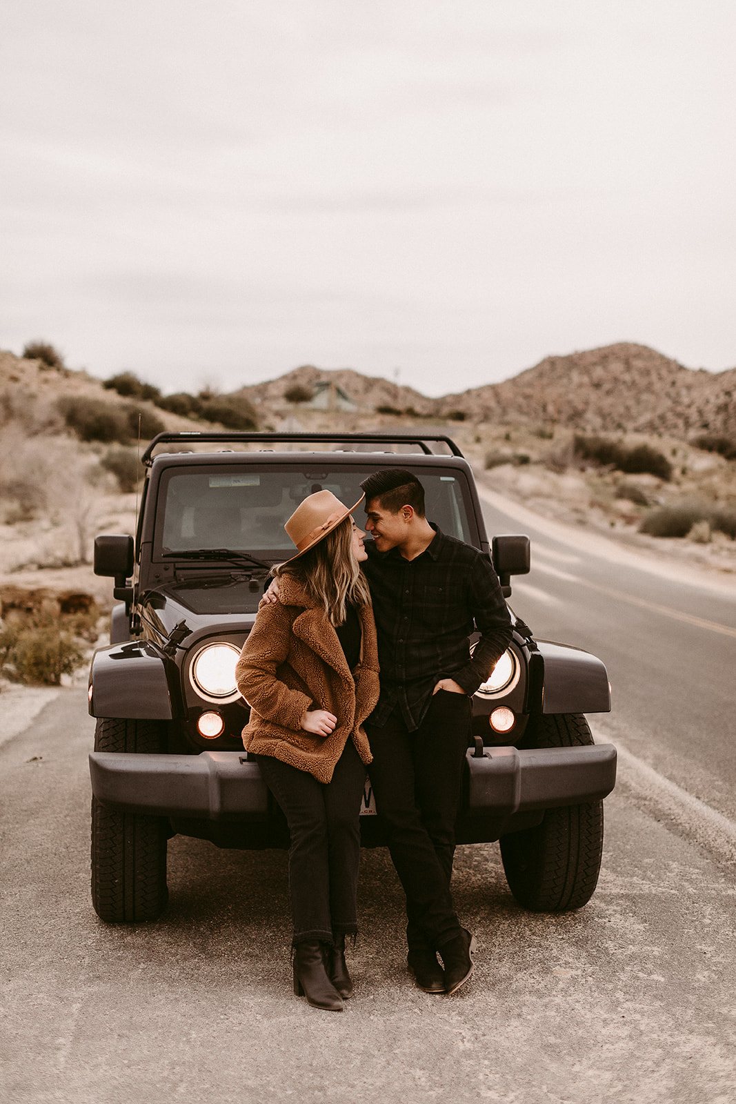 Jamie + Madison_Joshua Tree_2019_0083.jpg