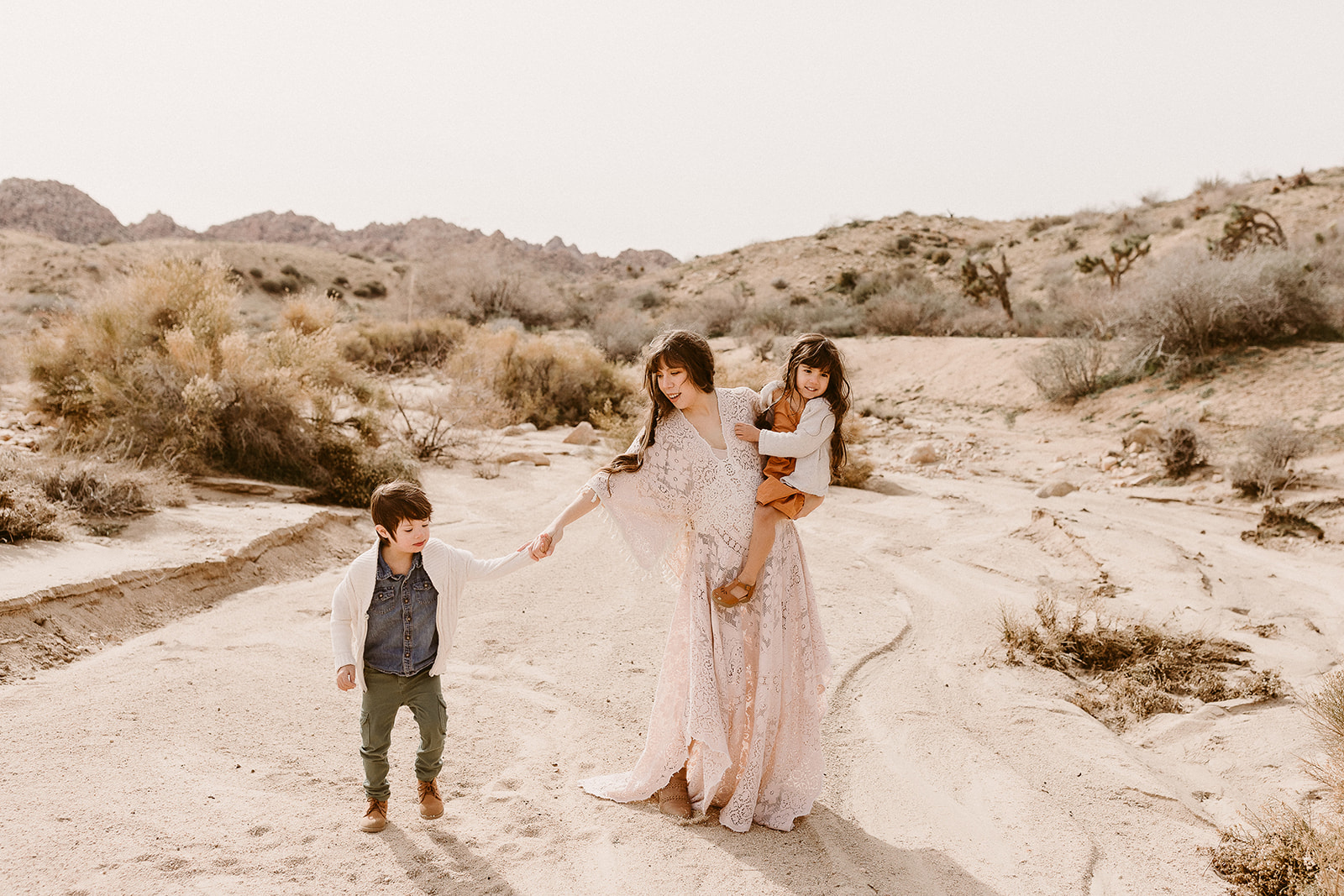 Mommy and Me_Joshua Tree_2019_0104.jpg