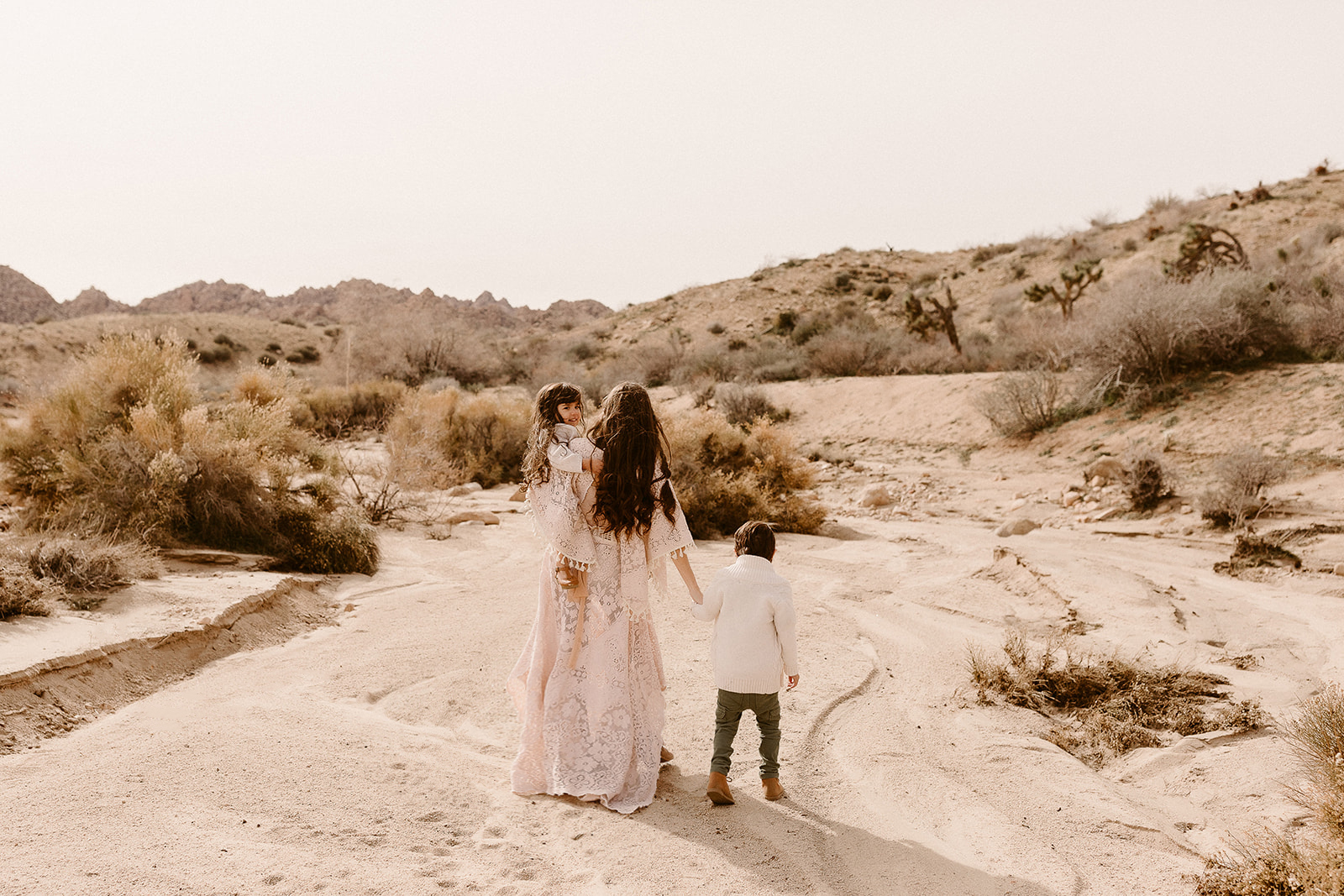 Mommy and Me_Joshua Tree_2019_0101.jpg