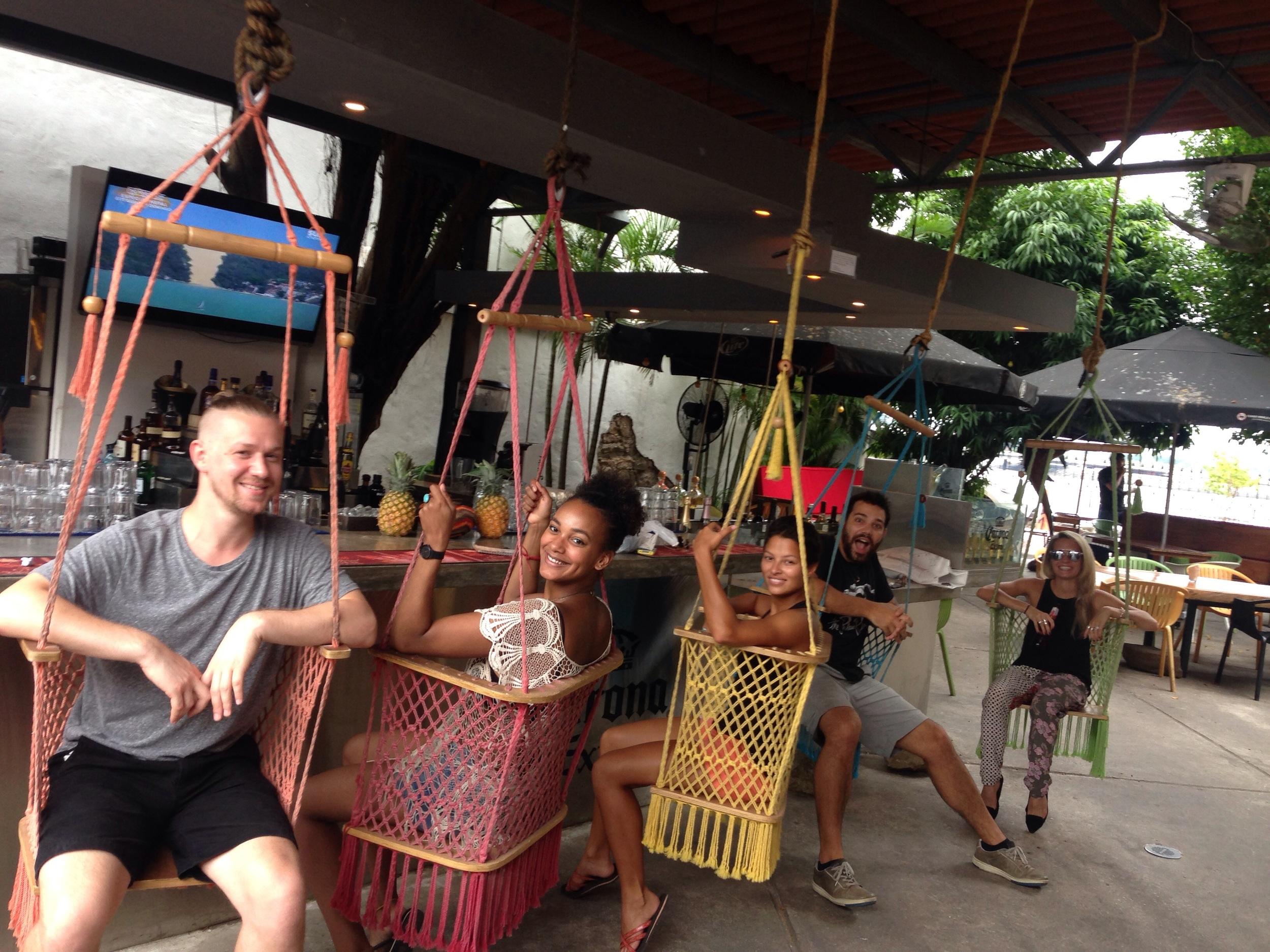 swing-bar-panama.jpg